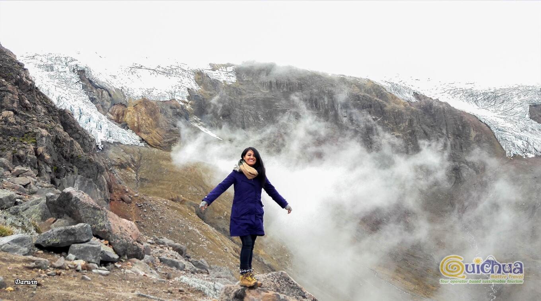 Climbing Cayambe Summit Volcano Ecuador 2 days (1)