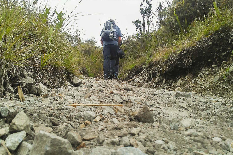 Short Hiking trail in Cuicocha lake