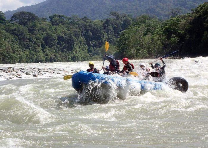 Hakuna Completo 5 days Amazon Jungle Ecuador